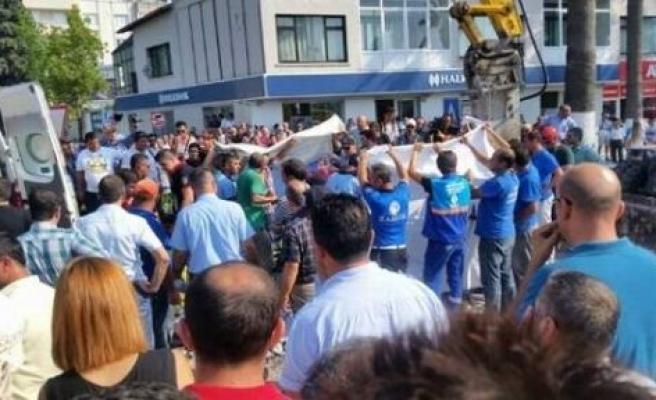 ASKİ, İş Kazasında Ölen İşçilerini Unutmadı