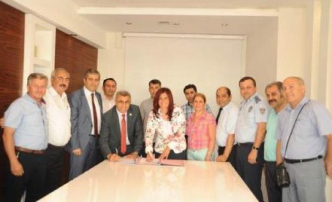 Aydın Büyükşehir Belediyesi İle Tüm Yerel- Sen Sosyal Denge Sözleşmesi İmzaladı