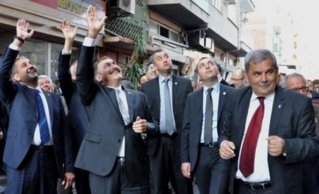 Bakan Eroğlu, Çine çarşısını gezdi