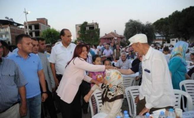 Başkan Çerçioğlu Karpuzlu'da İftara Katıldı