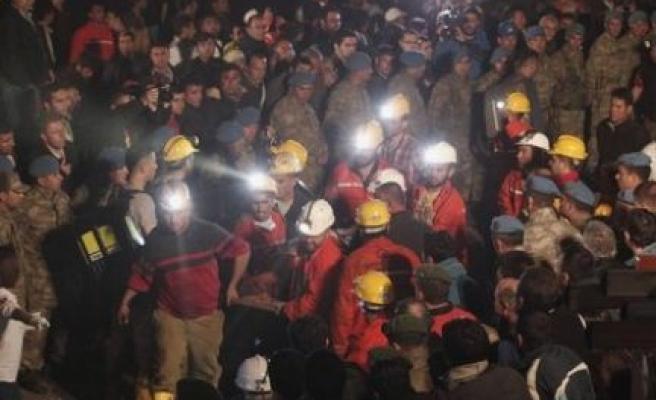 Başkan Dinçer'den, Soma'daki Madencilerin Ailelerine Taziye Mesajı