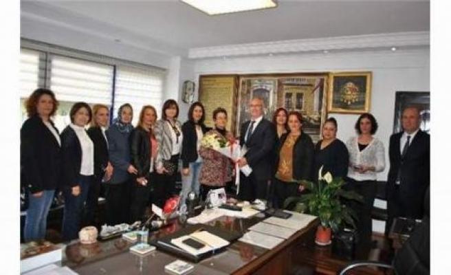 Başkan Kale'den Kadın Meclisi'ne destek