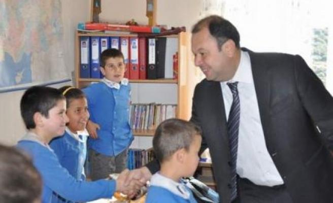 Başkanı Dinçer, çocukların bayramını kutladı