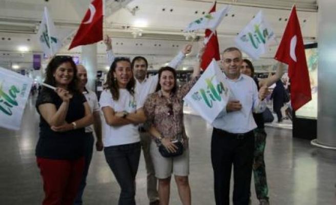 Carstenz'e Zirvesine Tırmanacak İlk ve Tek Türk Coşkuyla Uğurlandı