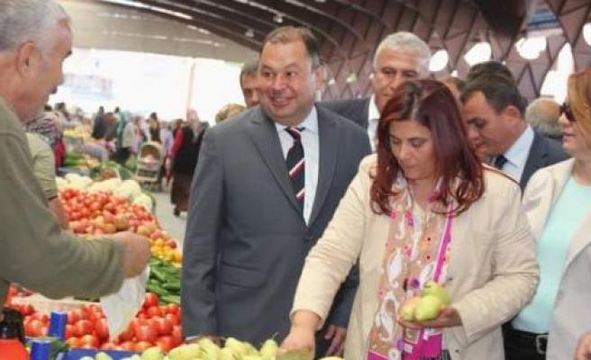 Çerçioğlu Pazar Alışverişini Çine Pazarından Yaptı
