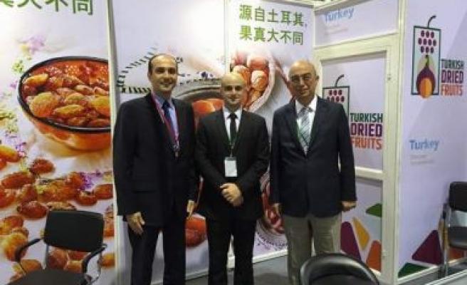 Çinliler Kuru Meyvelerimizi çok sevdi