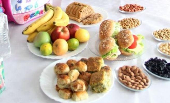 Çocuğunuzun beslenme çantasında neler var?