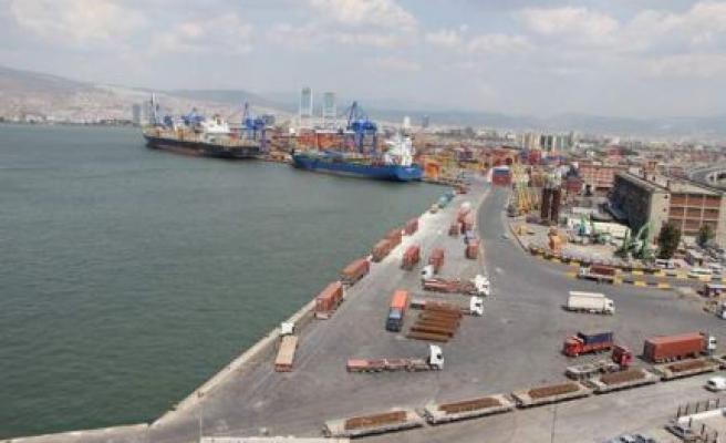 Egeli ihracatçılar 2015 yılında 201 ülkeye ihracat yaptı