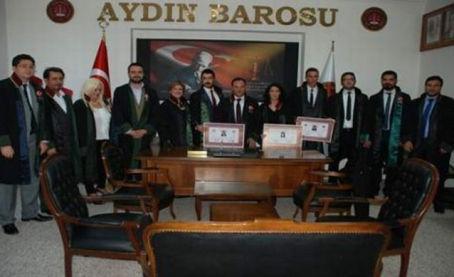 Genç Avukatlara Ruhsatnameleri Verildi