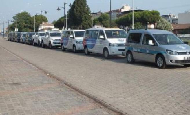 Germencik Belediyesi araçlarını teslim aldı