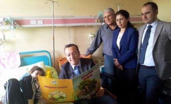 Hızır'dan hastaneye süpriz ziyaret