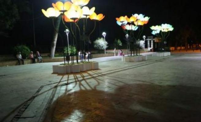 Kültür Sanat Sokağı Rengarenk ve Işıl Işıl