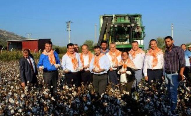 Mehmet Erdem'den Çiftçilere Müjdeli Haber Geldi