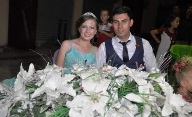 Merdiye ile Serhan evliliğe ilk adımı attılar