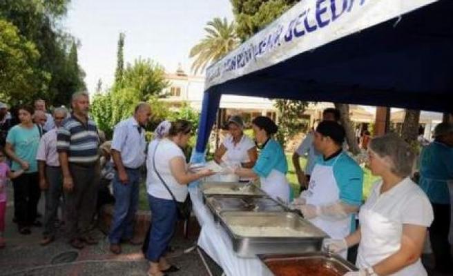 Merhum Başbakan Menderes, Büyükşehir Belediyesi Tarafından Anıldı