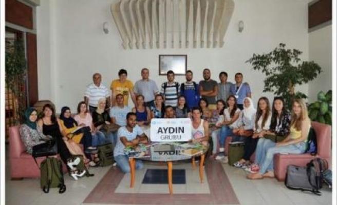 Türkçe Yaz Okulu Öğrencileri Rektörü Ziyaret Etti