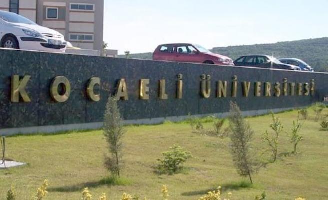 Yeni üniversitelilere ücretsiz ulaşım