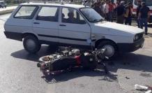 Otomobille Motosiklet Çarpıştı 1 Yaralı