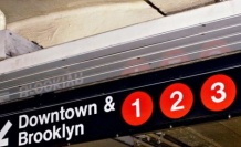 New York metrosunda İslam karşıtı ilan