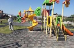 Çine'de parklar dezenfekte edildi