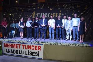 Mehmet Tuncer Anadolu Lisesi'nden, Modern Anadolu Gençlik Konseri