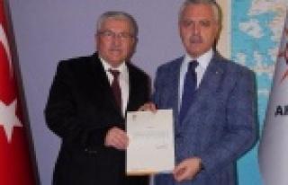AK Parti Aydın İl Başkanı Ahmet Ertürk Yetki...