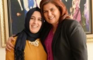 Kadın Muhtarlar Sevgililer Günü'nde Çerçioğlu'nu...
