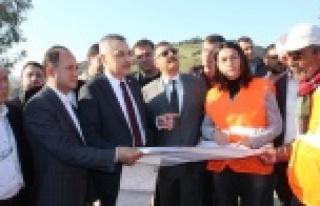 AK Parti'den Cumalı- Tepeköy Kavşağına,...