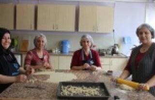 Çineli Kadınlar, Doğal ve Yöresel Gıdalar Üretiyor