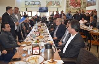 Başkan Dinçer, Şoför Esnafı İle Kahvaltıda...