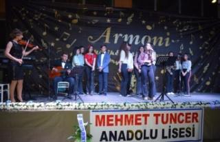 Mehmet Tuncer Anadolu Lisesi'nden, Modern Anadolu...