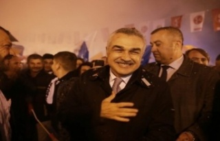 "Mustafa Savaş; ""Millet İradesi, Tankların Paletlerinden..."