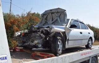Çine Sanayi Kavşağı'nda Kaza; 3 Yaralı