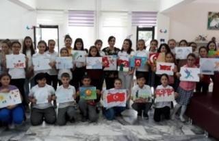 29 Öğrenci Resimlerle Cumhuriyeti Anlattı