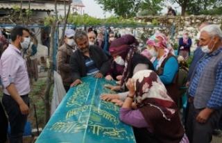 Minik Kız Kardeşler Gözyaşlarıyla Toprağa Verildi