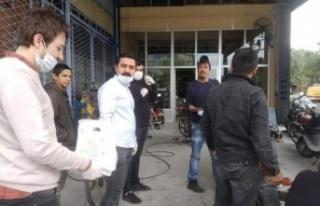 CHP'li Gençlerden 1 Mayıs Ziyareti