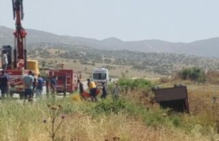 Karpuzlu'da kaza kamyonet devrildi: 2 ölü, 11...