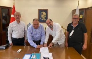 Belediye, Bardak Su Makinesi İçin Sözleşme İmzalandı