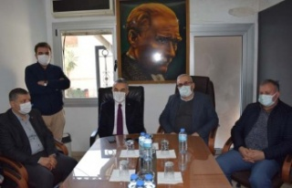 """Başkan Celal Özden, """"Esnafa faizsiz kredi desteği..."""