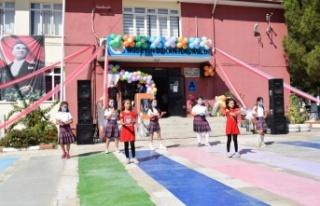 Çine'de İlköğretim Haftası kutlandı