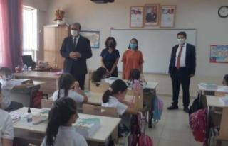 Yavuzkan, öğrencilerin heyecanına ortak oldu