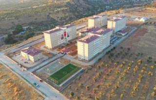 Bakan Kasapoğlu, Aydın'daki yurdu paylaştı