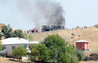 Askeri konvoya saldırı: 10 şehit, 60 yaralı!