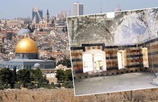Asırlık camilerde İsrail barbarlığı