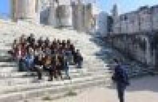 Geleceğin Mimarları Apollon Tapınagı'ndı Buluştu