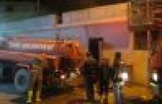 Hamam'da çıkan yangına anında müdahale
