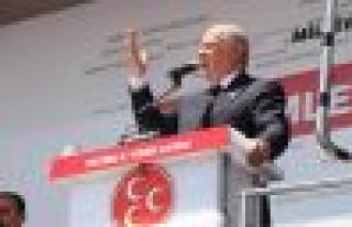 MHP Lideri Bahçeli, Aydın'a geldi