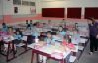 Okullar 4+4+4 sistemiyle açıldı
