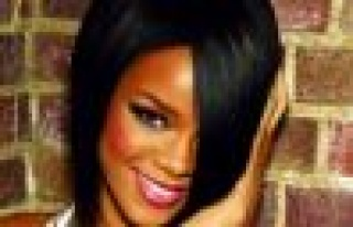Rihanna Saçlarına Servet Ödüyor!