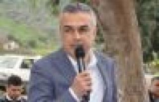 """Savaş; """"Çerçioğlu'nun işi gücü makyaj!.."""""""